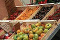 Tomates et fruits au marché d'Orange.jpg