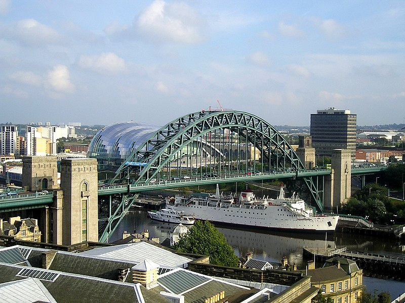 File:Tyne Bridge.jpg
