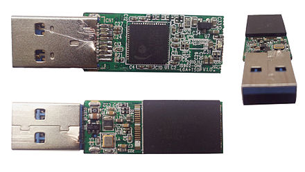 The internals of a 32 GB Toshiba USB 3.0 flash drive. The USB 3.0 standard is becoming increasingly popular. This drive has a write speed of 60 MB/s and a read speed of 120 MB/s, making it faster than the USB 2.0 standard. USB 3.0 Flash Drive PCB.jpg