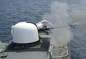 NNS Okpabana - Image: USCG Gallatin Mk 75 firing