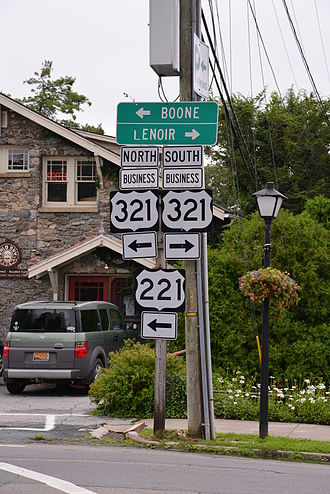 U.S. Route 321 - US 221/US 321 Bus. in Blowing Rock