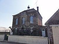 Ugny-le-Gay (Aisne) mairie-école.JPG