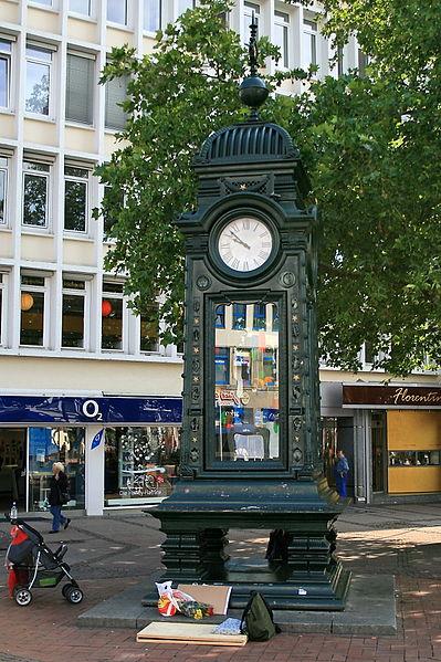 File:Uhr am Kröpke (Hannover) IMG 0625.jpg