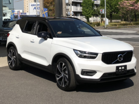 VOLVO XC40 T5 AWD R-DESIGN 20180420.png