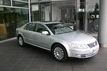 VW-Phaeton-silver-side1.jpg