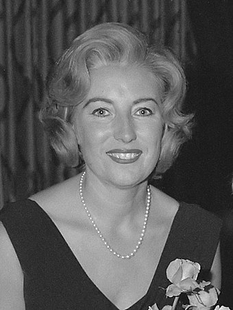 "English singer Vera Lynn was known as the ""Forces' Sweetheart"" for her popularity among the armed forces during World War II. Vera Lynn (1962).jpg"