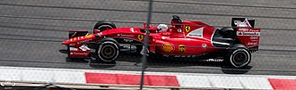 2015 Mexican Grand Prix - Sebastian Vettel suffered a puncture at the start and later retired after a crash.