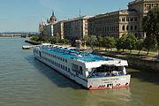Viking Danube (ship, 1999) 004.jpg