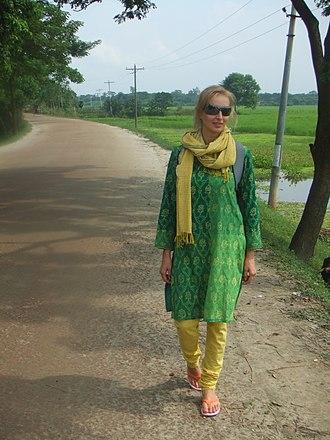 Churidar - Image: Vita in Bangladesh