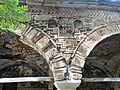 Voskopojë St.Nikolaos - Vorhalle 4b Bogen.jpg