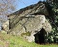 Vouvray sur Huisne le dolmen en contre-plnogée.jpg