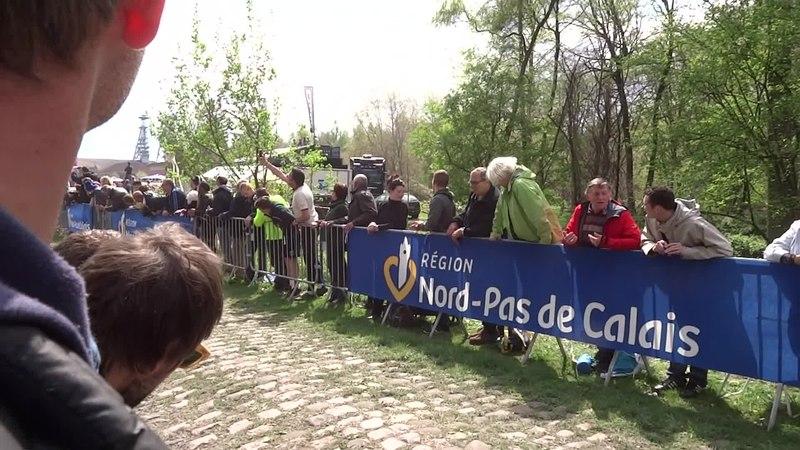 File:Wallers - Paris-Roubaix, le 13 avril 2014 (07).ogv