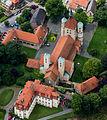 Warendorf, Freckenhorst, Schloss und St.-Bonifatius-Kirche -- 2014 -- 8638 -- Ausschnitt.jpg