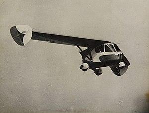 http://upload.wikimedia.org/wikipedia/commons/thumb/6/6c/Waterman_Aerobile_in_flight.jpg/300px-Waterman_Aerobile_in_flight.jpg