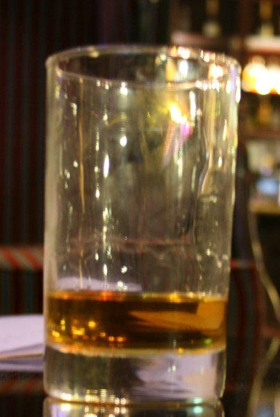 File:Whisky cropped II.jpg