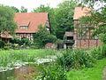 Wienhausen Wassermühle m Wehr.JPG
