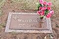 Wiley Post gravestone.jpg
