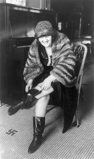 "Fashion boot - Woman wearing calf-length ""Russian boots"", 1922"