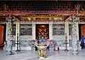 Xingang Fengtian Temple Obere Halle 1.jpg