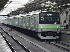 Yamanote Line 205 series set 30 Tabata Station 20030202.JPG