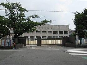 中央 小学校