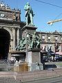 Zürich Alfred-Escher-Denkmal 1000412.jpg