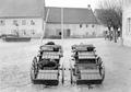 Zwei Munitionswagen der Mitrailleure - CH-BAR - 3239420.tif