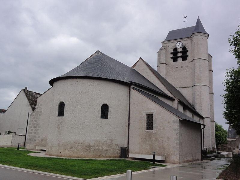 Église Saint-Pierre de Montlivault