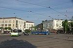 Автобус ЛиАЗ-5256 и трамвай 71-605 в Смоленске.jpg