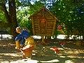 Баба Яга и избушка на курьих ножках - panoramio.jpg