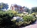 Вид на резиденцию бывшего президента Украины в Межигорье.jpg