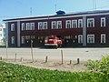 Пожарная автоцистерна выезжает из части, Котлас (03).jpg