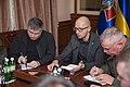 Яценюк і Аваков обговорили питання розвитку Національної гвардії 8167 (22553719662).jpg