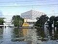 โรงพยาบาลภูมิพลอดุลยเดช น้ำท่วมปี 2554 - panoramio (2).jpg
