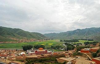 Dalijia Shan mountain ranges near Labrang