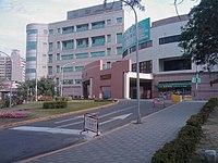 高雄榮民總醫院 急診大樓 門診大樓 20100207.jpg