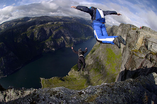 Jumpers from a cliff wearing tracking suits 04KJER0243.jpg