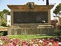 114 Monument a Juli Garreta, als jardins homònims.jpg