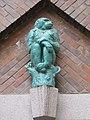 1160 Thalheimergasse 34-38 Stg. 10 - Friedrich Becke-Hof - Keramik-Wandplastik Pavian IMG 8078.jpg
