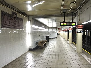 137th Street–City College IRT Broadway 1053.JPG