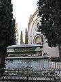 188 Cementiri de Vilafranca del Penedès, tomba i capella.JPG