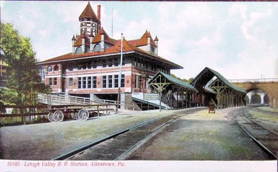 1915 - LVRR Station