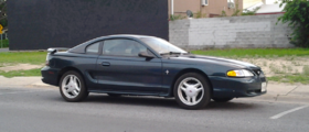 1994 Ford Mustang V6.png