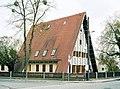 20020424150NR Dresden-Kleinzschachwitz Putjatinhaus.jpg