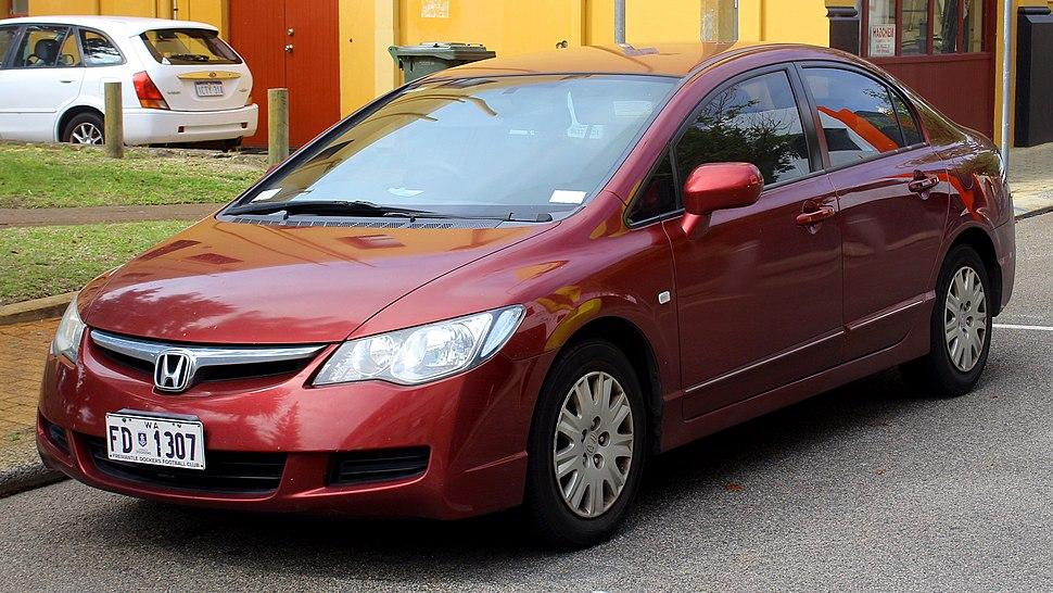 032981f8c0d 2006-2009 Honda Civic VTi sedan (2018-10-19) 01