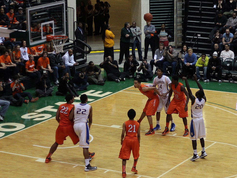20130126 Boxing out on a Kendrick Nunn free throw at Simeon-Whitney Young game