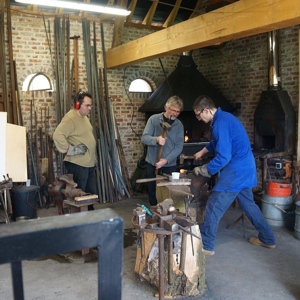 File 2014 04 06 villeneuve d 39 ascq artisans au mus e de for Musee de plein air villeneuve d ascq