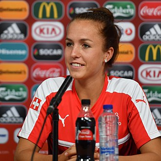Lia Wälti - Wälti during a press conference with  Switzerland in 2017