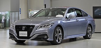 2018 Toyota Crown 2.0 RS.jpg