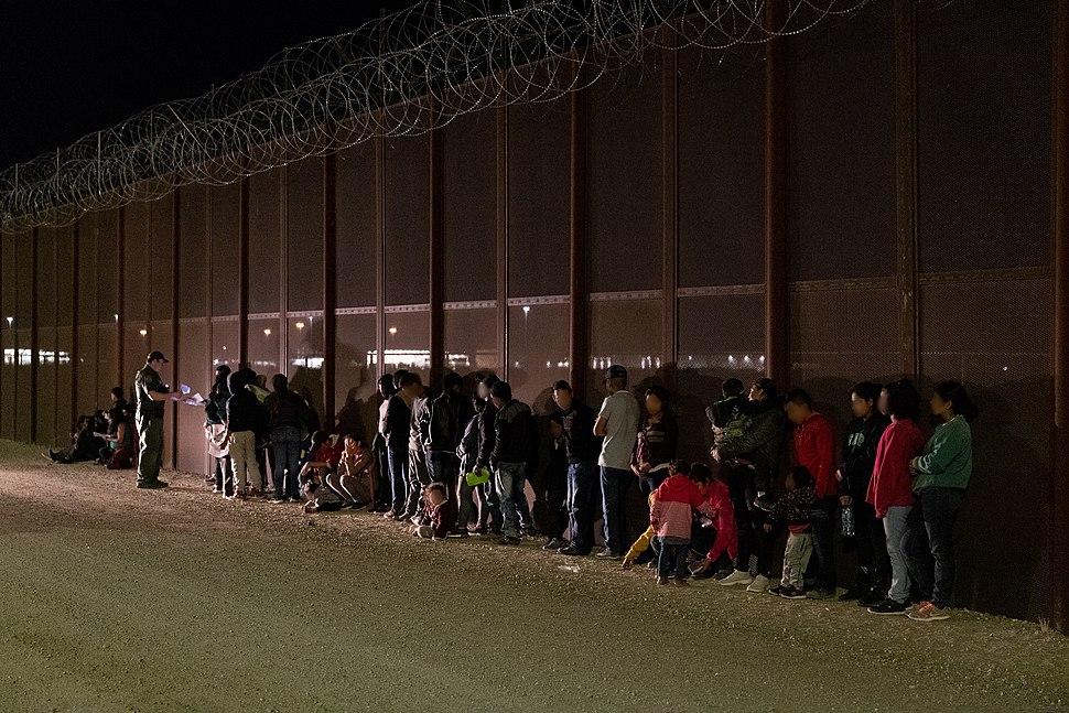 2019 US Mexico Border Crossing apprehension (48036606282)